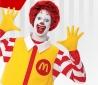 A McDonald's pihenni küldi emblematikus bohóc figuráját, Ronald McDonaldot