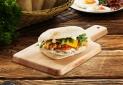 A világon elsőként Magyarországon vezeti be reggeli menüjét a KFC